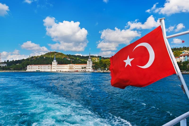 Canada suspends exports to Turkey